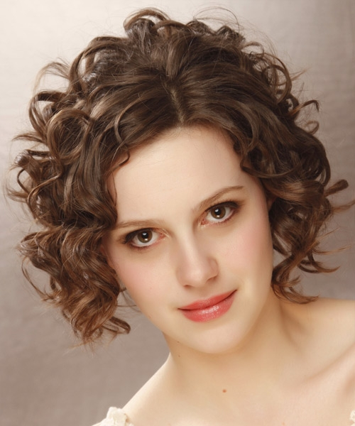 Awesome hairstyles for your square face shape short medium and long Short Curly Haircuts For Square Faces Inspirations