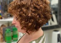 29 short curly hairstyles to enhance your face shape Short Haircuts Curly Hair Ideas