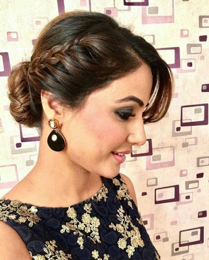 Permalink to 10 Fresh Party Hairstyle For Short Hair With Saree Ideas
